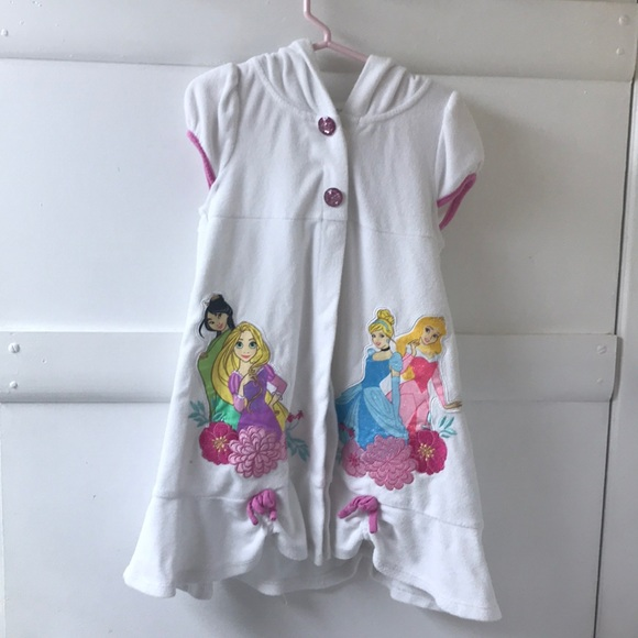 e2f79464e6 Disney Other - Disney Princess Swimsuit Coverup 🌷👑